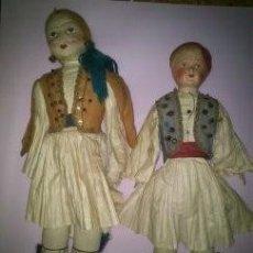 Muñecas Extranjeras: PAREJA DE MUÑECOS DE TELA VESTIDOS DE GRIEGOS AÑOS 20 - 30. Lote 58875791