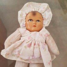 Muñecas Extranjeras: MUÑECA CARA DE BISCUIT CUERPO DE TRAPO AÑOS30 EN PERFECTO ESTADO BEAUTIFUL AND SMALL OLD BABY DOLL. Lote 68115093