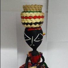 Muñecas Extranjeras: AUTENTICA MUÑECA REGIONAL DEL AFRICA EN PERFECTO ESTADO - EN PERFECTO ESTADO - NUEVA -. Lote 74293687