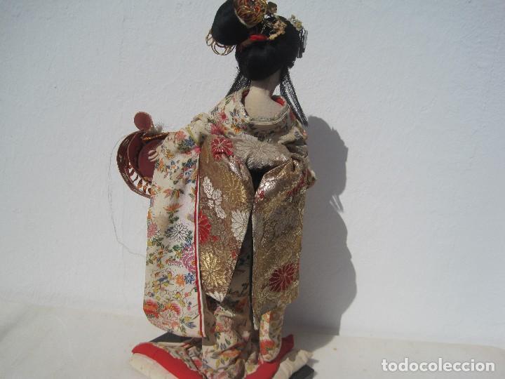 Muñecas Extranjeras: MUÑECA JAPONESA ANTIGUA DE TELA, KIMONO ORIGINAL, 40 CM. AÑOS 40-50 - Foto 4 - 79013517