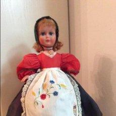 Muñecas Extranjeras: RARA MUÑECA FRANCESA DE LA MARCA BELLA, FINALES DE LOS 50, CON TRAJE REGIONAL BELGA. Lote 84497848