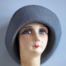 International Dolls - Cabeza de muñeca de cartón piedra con sombrero y relleno de tela. 11x10 cm. - 87614812