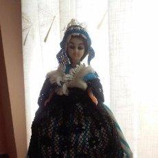 Muñecas Extranjeras: BONITA MUÑECA ANTIGUA DE CELULOIDE CON TRAJE REGIONAL, SOUVENIR O RECUERDO. Lote 90272076