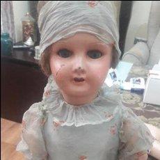 Muñecas Extranjeras: MUŃECA ANTIGUA DE CARTON. Lote 96006183