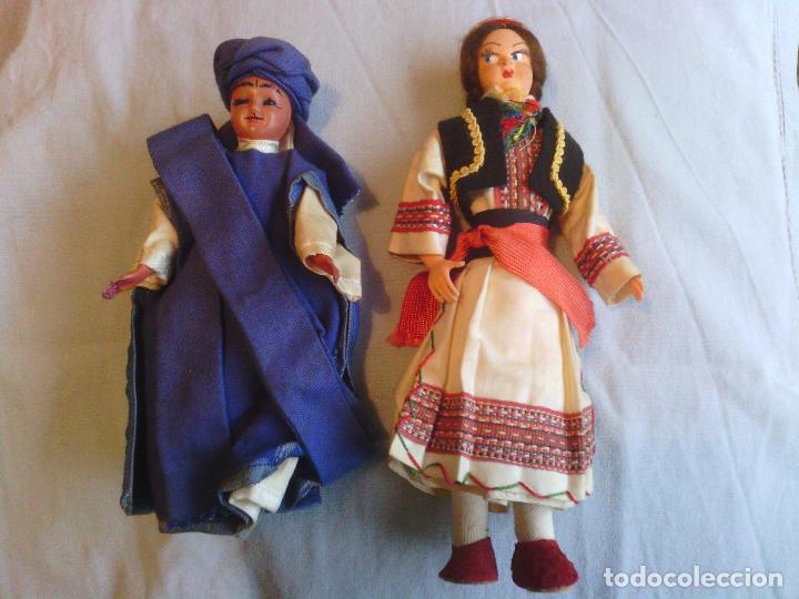 2 MUÑECAS EN TRAJE TRADICIONAL (Juguetes - Muñeca Extranjera Antigua - Otras Muñecas)