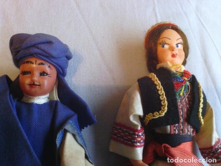 Muñecas Extranjeras: 2 muñecas en traje tradicional - Foto 2 - 99145299