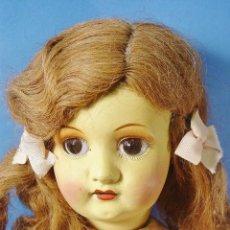 International Dolls - GRAN MUÑECA CABEZA Y CUERPO COMPOSICIÓN. BOCA ABIERTA. MARCAS EN LA NUCA. 70 CM ALTURA. - 101287247
