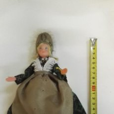 Muñecas Extranjeras: MUÑECA ANTIGUA FRANCESA DE ROUEN, CON TRAJE REGIONAL.. Lote 102988119