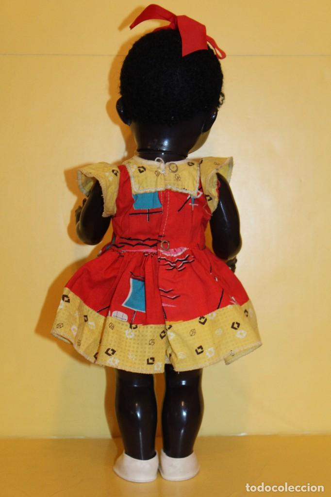 Muñecas Extranjeras: ANTIGUA MUÑECA NEGRA PEDIGREE MADE IN ENGLAND ANDADORA AÑOS 50 - Foto 3 - 105890407