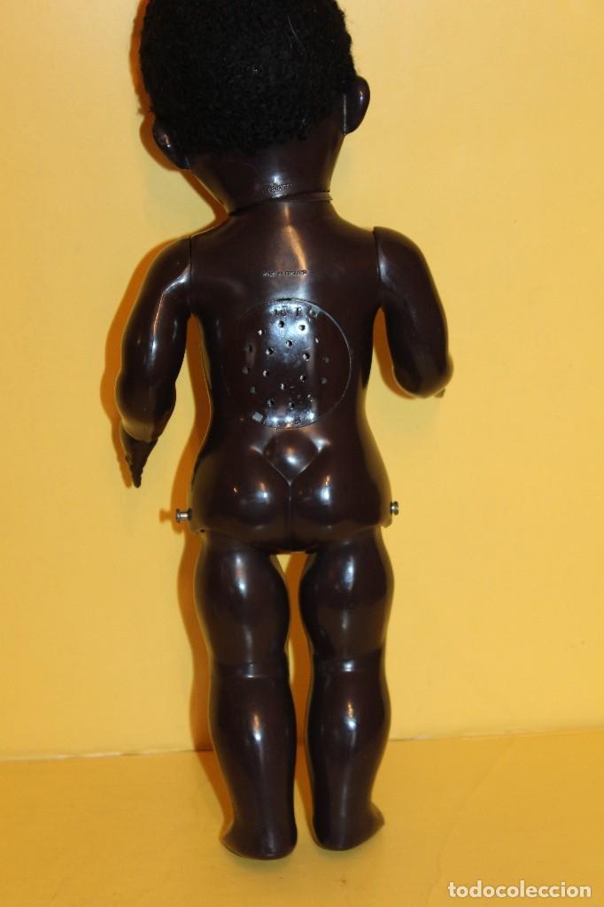 Muñecas Extranjeras: ANTIGUA MUÑECA NEGRA PEDIGREE MADE IN ENGLAND ANDADORA AÑOS 50 - Foto 10 - 105890407