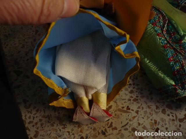 Muñecas Extranjeras: MUÑECOS DE LA INDIA CON ATUENDOS TIPICOS COLECCIÓN - Foto 5 - 107731899