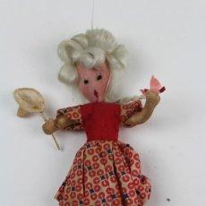 Muñecas Extranjeras: MUÑECA CAZAMARIPOSAS DE TRAPO AÑOS 40. Lote 113146919