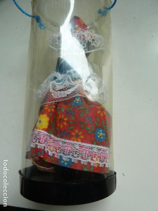 Muñecas Extranjeras: MUÑECA ANTIGUA TRAJE TÍPICO SAN MARINO (12,5 CM DE ALTO). OJOS MÓVILES - Foto 2 - 119186499