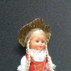 Muñecas Extranjeras: PEQUEÑA MUÑECA ALEMANA? REGIONAL FOLKLÓRICA AÑOS 50. Lote 119554139