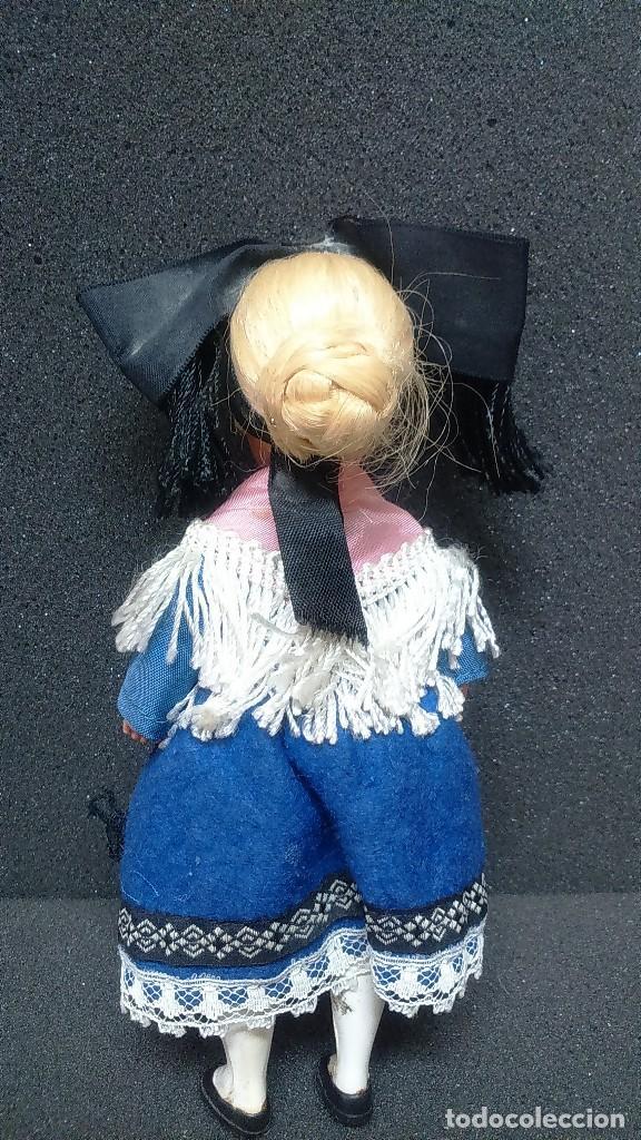 Muñecas Extranjeras: Pequeña muñeca regional folklórica alemana o francesa vintage años 50 - Foto 2 - 119554463