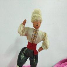 Muñecas Extranjeras: MUÑECO RUSO FLEXIBLE. COSACO. 22,5 CMS. Lote 124309122