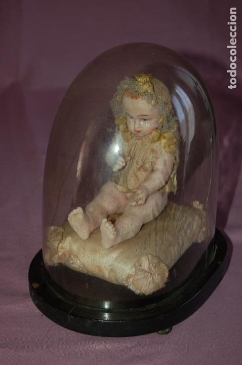 Muñecas Extranjeras: bebé de cera antiguo en cúpula - Foto 9 - 127497311