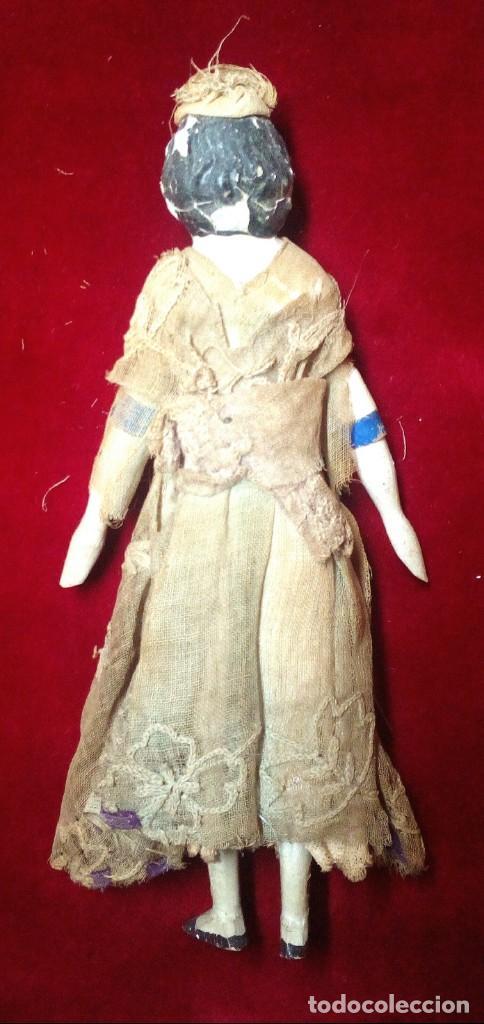 Muñecas Extranjeras: Muñeca antigua en papel mache. Hacia 1830-1840. - Foto 2 - 134826238