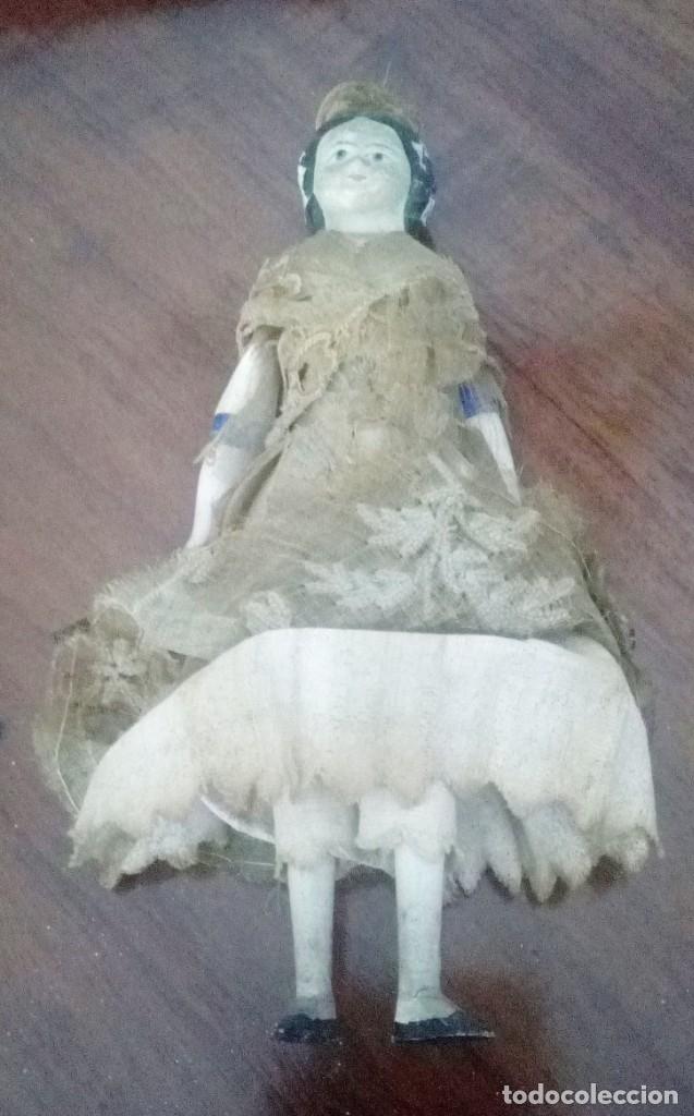Muñecas Extranjeras: Muñeca antigua en papel mache. Hacia 1830-1840. - Foto 5 - 134826238