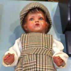 Muñecas Extranjeras: MUÑECO CARTÓN PIEDRA/ESCAYOLA ANTIGUO. Lote 134986057