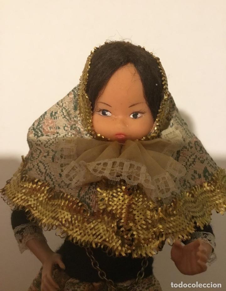 Muñecas Extranjeras: Antigua muñeca trapo y celuloide - Foto 2 - 137684410
