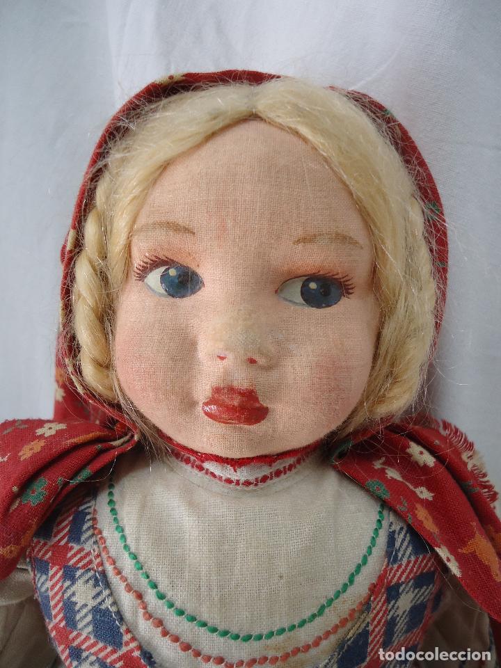 Muñecas Extranjeras: Muñeca Lenci años 20/30 Con vestido regional. Altura 31 cms. - Foto 2 - 138613258