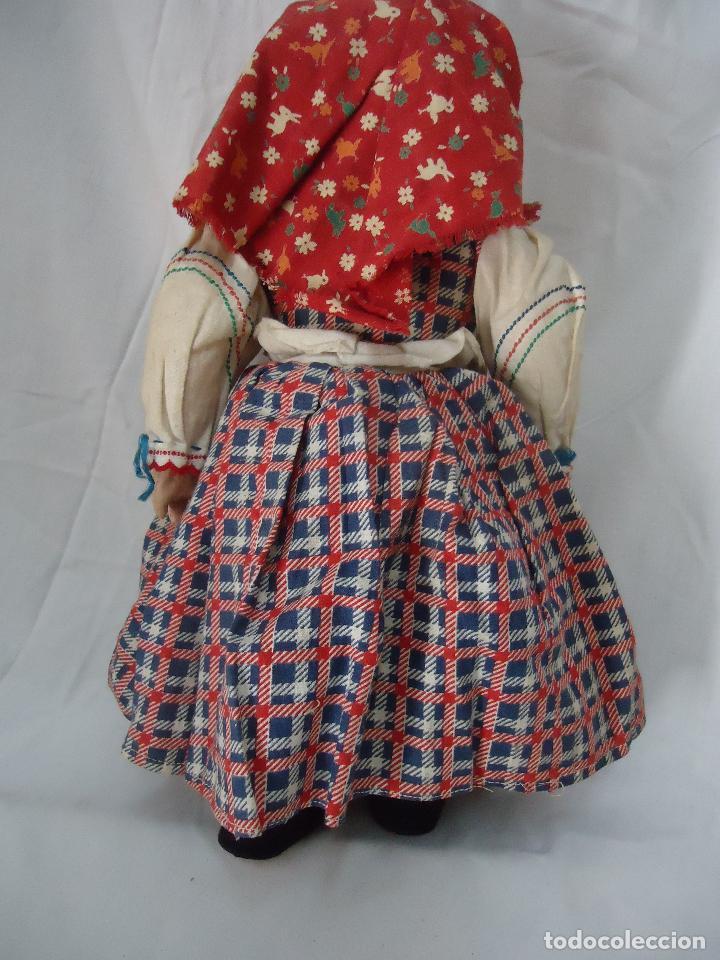 Muñecas Extranjeras: Muñeca Lenci años 20/30 Con vestido regional. Altura 31 cms. - Foto 3 - 138613258