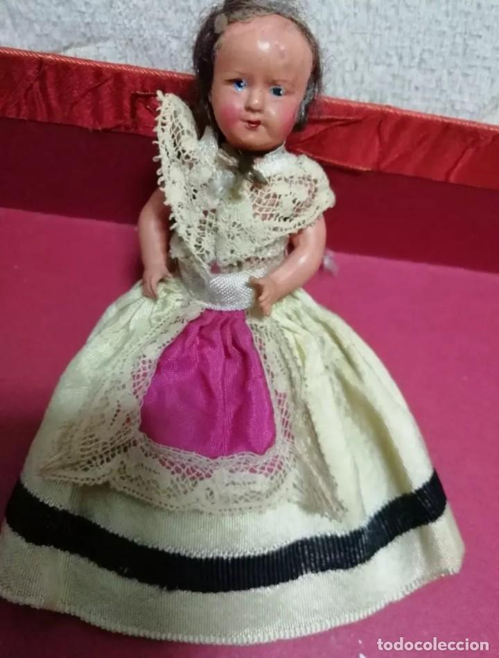 PETITTCOLLIN REGIONAL (Juguetes - Muñeca Extranjera Antigua - Otras Muñecas)
