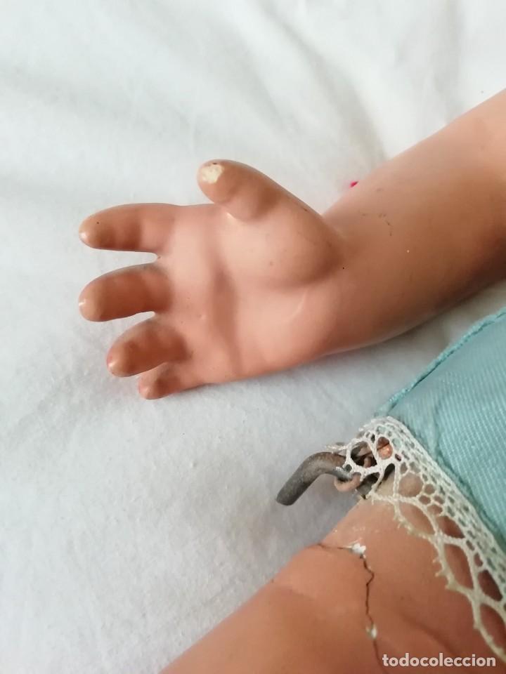 Muñecas Extranjeras: Gran muñeca andadora 60cm para restaurar cara y vestirla - Foto 4 - 147599982