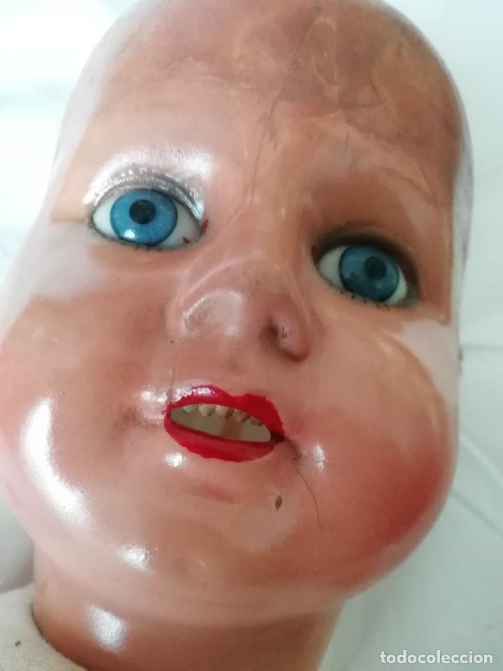 Muñecas Extranjeras: Gran muñeca andadora 60cm para restaurar cara y vestirla - Foto 13 - 147599982