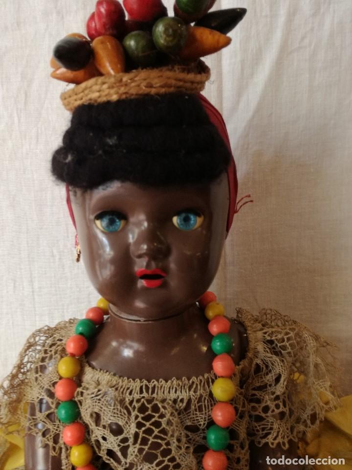 Muñecas Extranjeras: MUÑECA NEGRITA VESTIDA DE CARMEN MIRANDA, DE GRAN TAMAÑO. - Foto 2 - 154549206