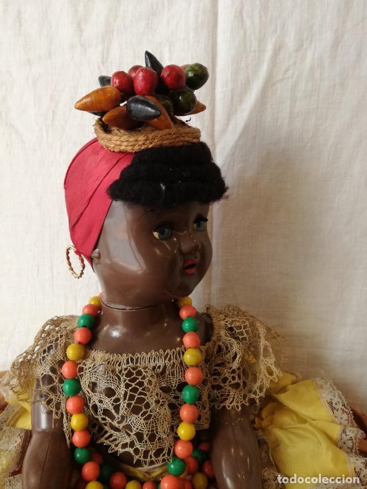 Muñecas Extranjeras: MUÑECA NEGRITA VESTIDA DE CARMEN MIRANDA, DE GRAN TAMAÑO. - Foto 4 - 154549206