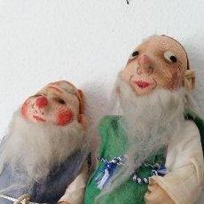 Muñecas Extranjeras: ANTIGUOS ENANITOS ÑOS 30,40 HECHOS DE PAJA Y TEGIDO. Lote 167167436