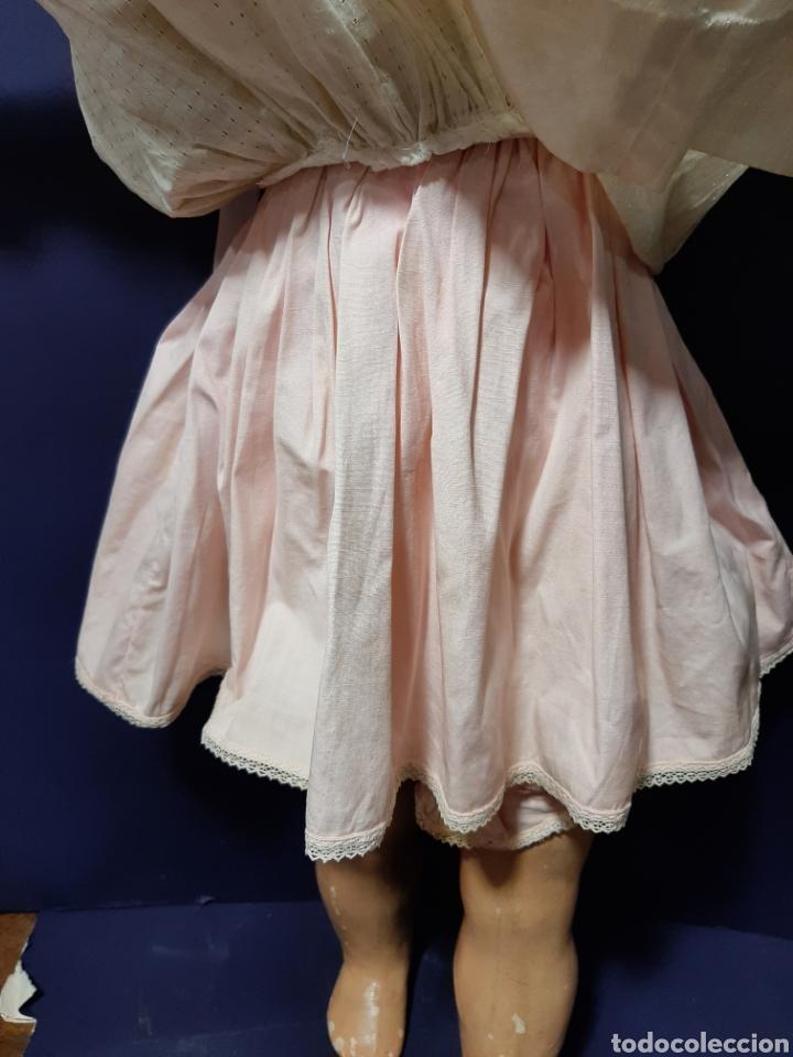 Muñecas Extranjeras: EXTRAORDINARIA Y GRAN MUÑECA ALEMANA DE 90 CM. EMITE SONIDO. MARCAS EN LA NUCA. VER FOTOS. - Foto 9 - 167919696