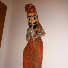 Muñecas Extranjeras: ANTIGUA MARIONETA HINDÚ DE 68 CM. Lote 183004201