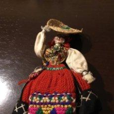 Muñecas Extranjeras: ANTIGUA MUÑECA. Lote 183876105
