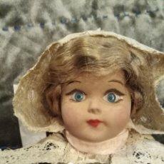 Muñecas Extranjeras: MUÑECA ANTIGUA DE LA BRETAÑA FRANCESA. Lote 187608065