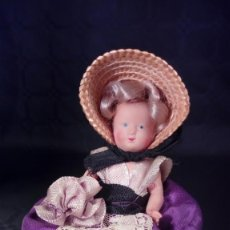 Muñecas Extranjeras: MUÑECA DE CELULOIDE. OJOS PINTADOS. ARTESANAL. TIPO PETITCOLLIN. AÑOS 50.. Lote 190145387