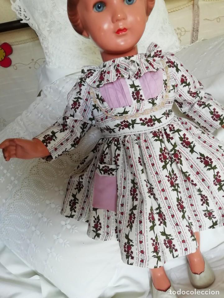 Muñecas Extranjeras: Muñeca Karin marca tortuga año 56 de 53cm - Foto 2 - 192342248