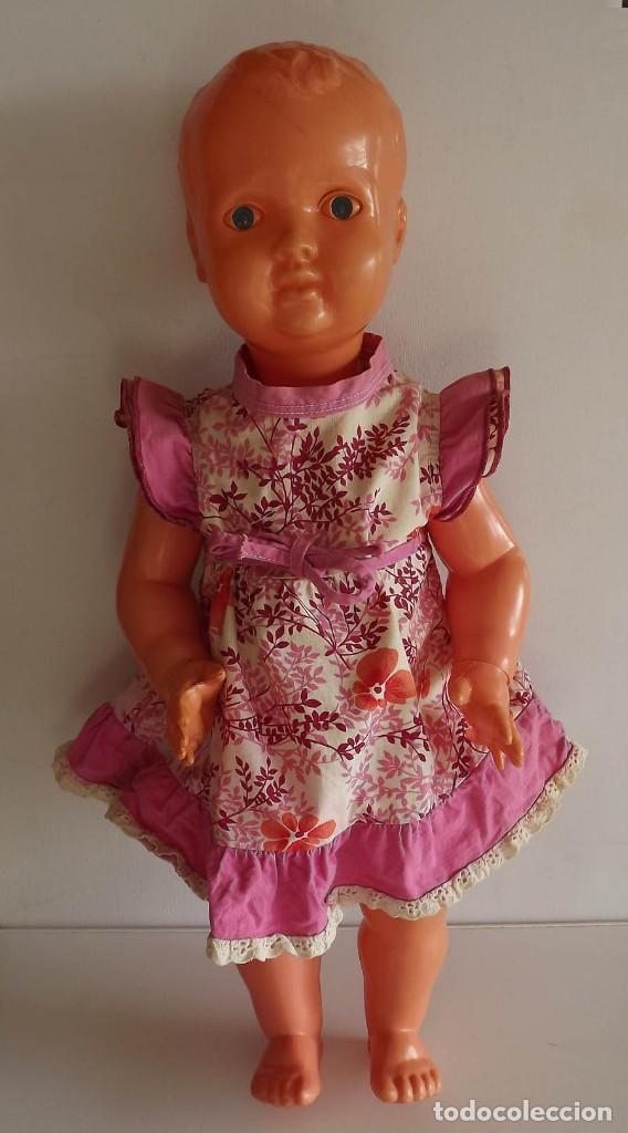Muñecas Extranjeras: Muñeca alemana de los años 50 ó 60. Altura 58 cm. Estimación 100 euros - Foto 5 - 193392273