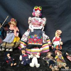 Poupées Internationales: LOTE DE 10 MUÑECAS /OS ANTIGUAS DE TRAPO / FIELTRO. Lote 197368586