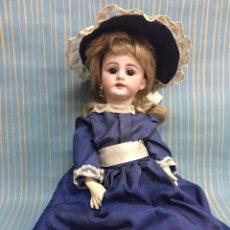 Bambole Internazionali: ANTIGUA MUÑECA DE PORCELANA.. Lote 202883325