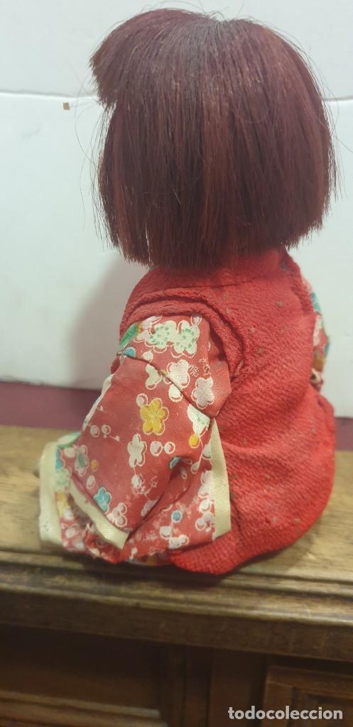 Muñecas Extranjeras: Muñeca antigua China cabeza de porcelana y cuerpo de plastico ojos de cristal - Foto 2 - 210837584
