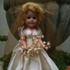 Muñecas Extranjeras: ANTIGUA MUÑECA DE KNICKERBOCKER. Lote 211437257