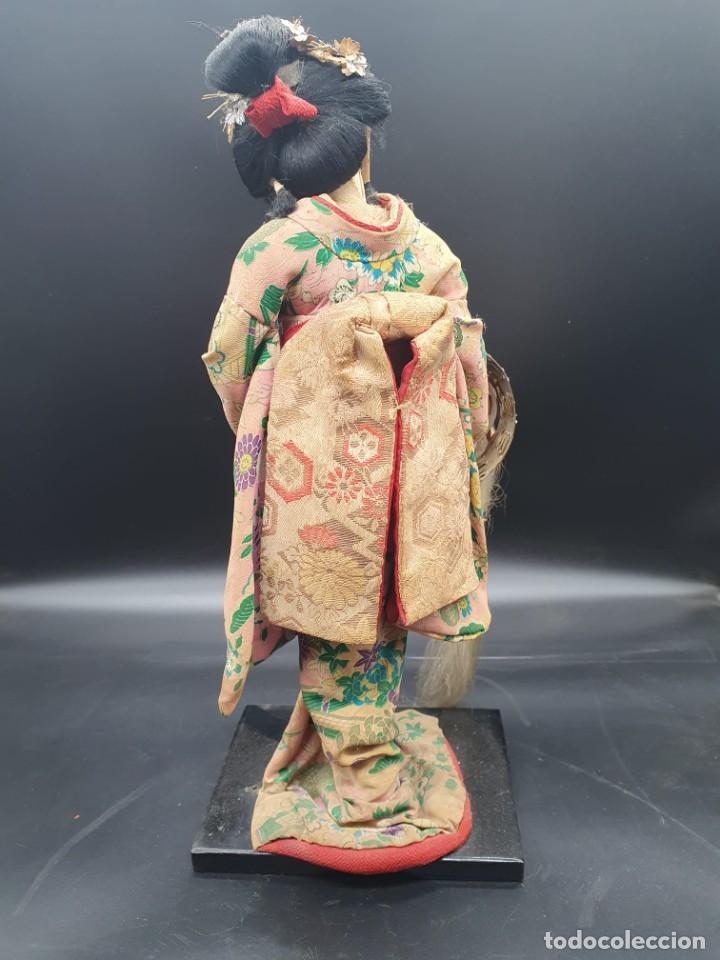 Muñecas Extranjeras: muñeca antigua geisha pintada a mano y con pelo natural de los años 70 - Foto 3 - 221815450