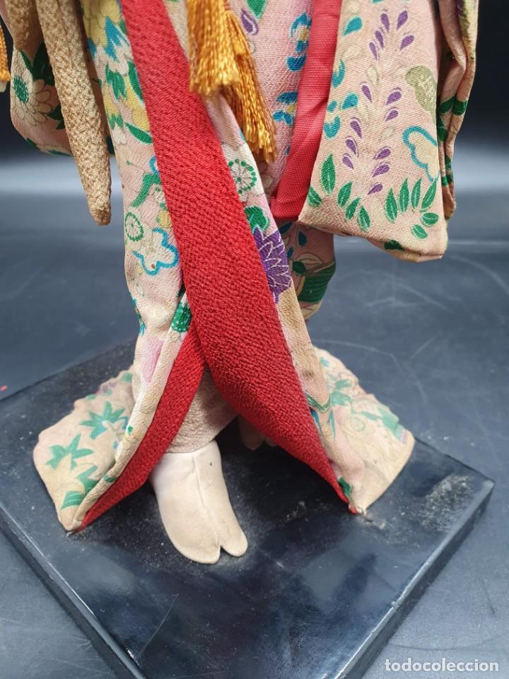 Muñecas Extranjeras: muñeca antigua geisha pintada a mano y con pelo natural de los años 70 - Foto 6 - 221815450