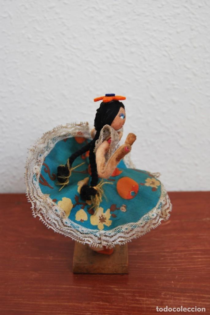 Muñecas Extranjeras: MUÑECA DE TELA, FIELTRO Y ALAMBRE - VENEZUELA - BAILARINA- AÑOS 50-60 - Foto 6 - 225233795