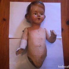 Muñecas Extranjeras: MUÑECA DE CARTON PIEDRA ANTIGUA. Lote 232672915