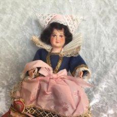 Bambole Internazionali: MUÑECA FRANCESA L'HERMINE CON ETIQUETA. Lote 234845820