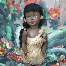 Muñecas Extranjeras: BONITA MUÑECA HAWAIANA DE LA CASA EDI. Lote 245132650
